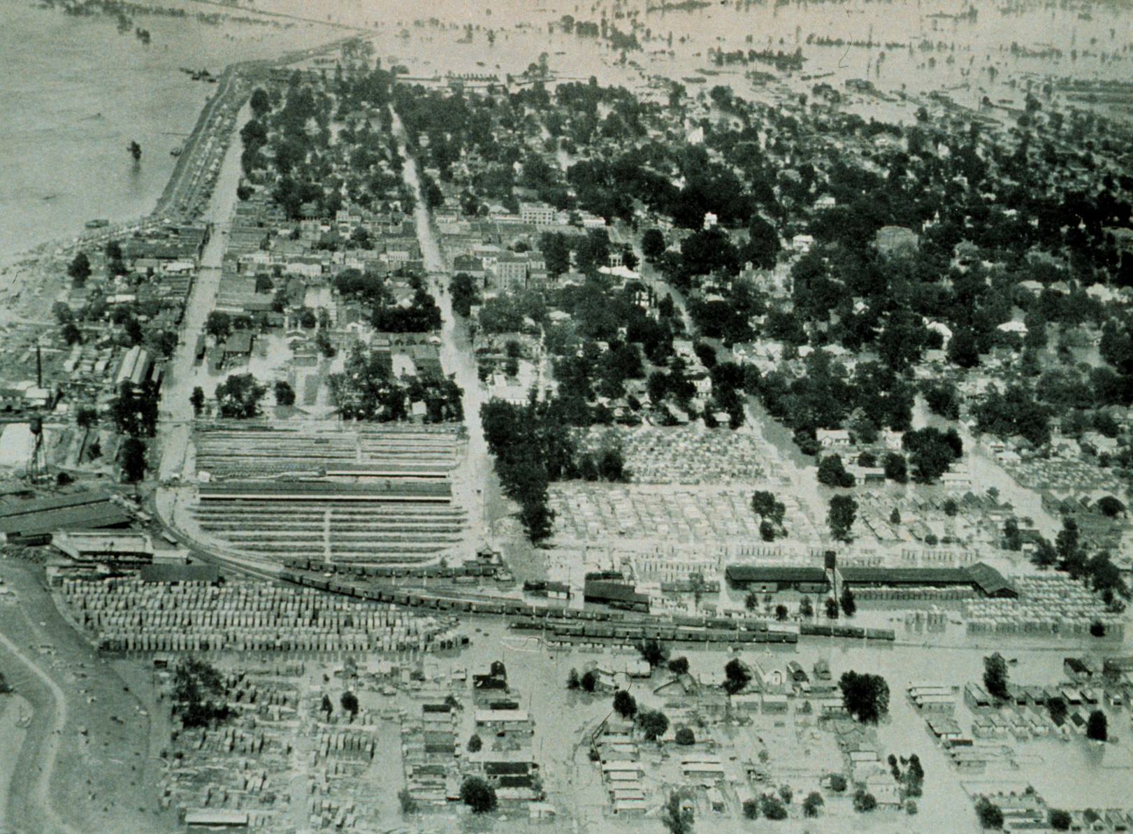 1927_mississippi_flood_greenville_missississippi.jpg